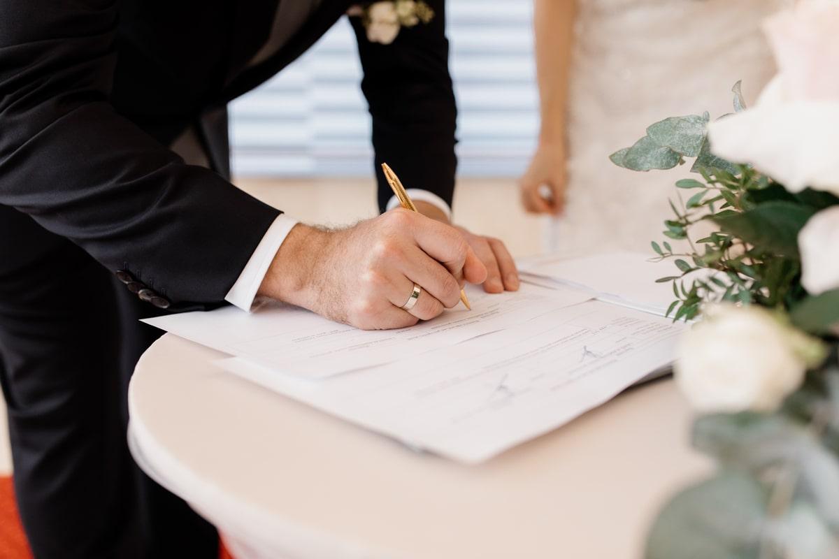 Predbracni i bracni ugovor | Advokat Novi Sad